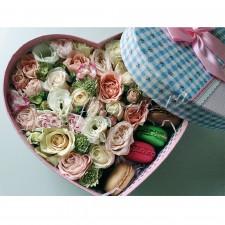 """Цветы с макарони """"Нежное сердце"""""""