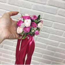Браслет из малиновой розы кустовой