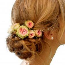 Шпильки из пионовидной розы