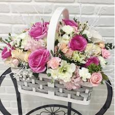 """Корзина с цветами """"Зимний сад"""""""